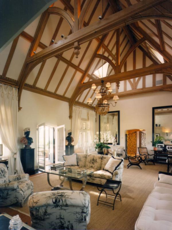 Southhampton Estate Living Room
