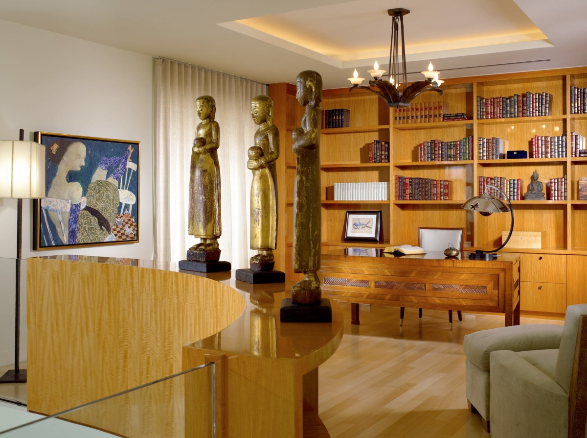 Palm Beach Deco Oceanfront and Cabana Library