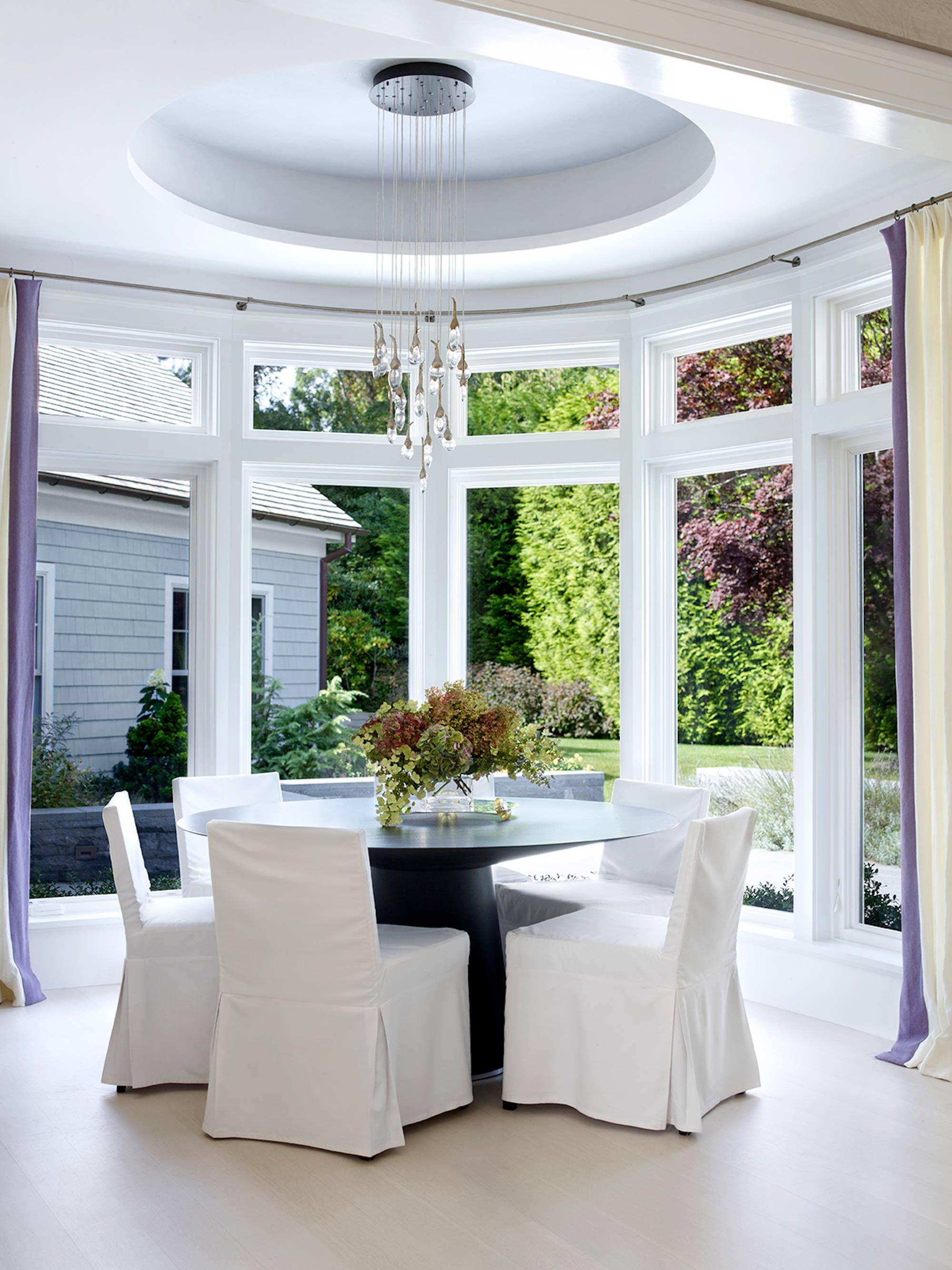 Georgica Residence Round Table