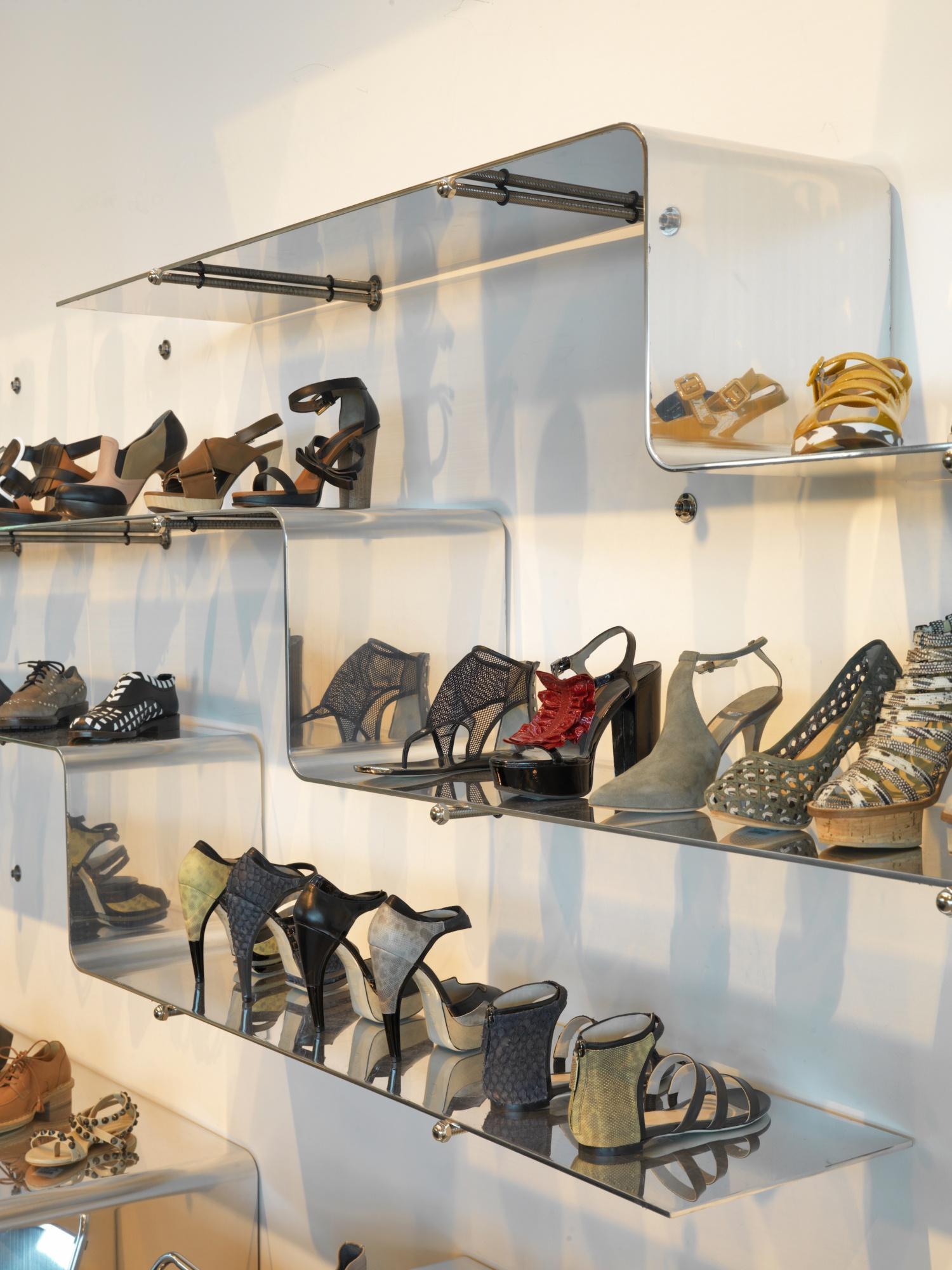 Louis Fan Pier Retail Shoe Display Detail