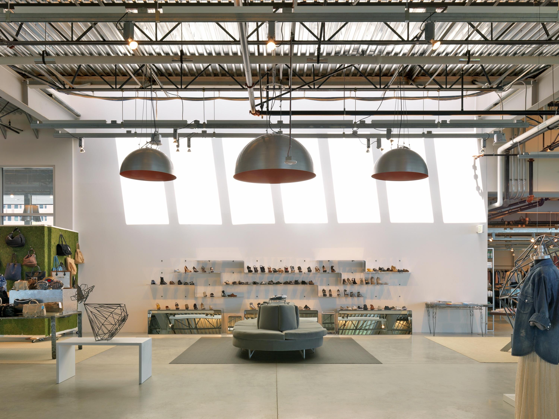 Louis Fan Pier Retail Space